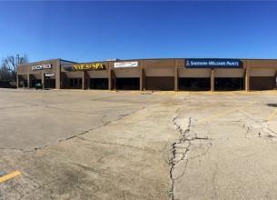 2853  N College  AVE  Fayetteville, Arkansas