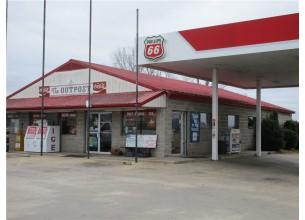 1925-1927  W Highway 62  Berryville, Arkansas