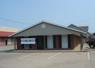 1712 Sunset  AVE Unit #E  Springdale, Arkansas