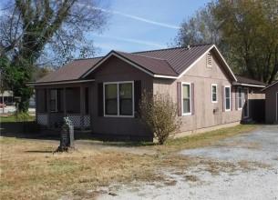 302 Main  AVE  Fayetteville, Arkansas