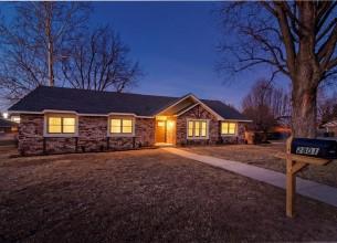 2801 Simmons  LN  Rogers, Arkansas