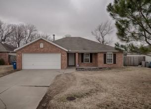 806  SW Sandrock  RD  Bentonville, Arkansas